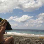 Пляж с белым песком white sand beach
