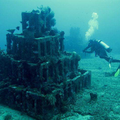 Дайв-сайт Пирамиды, Амед, Бали